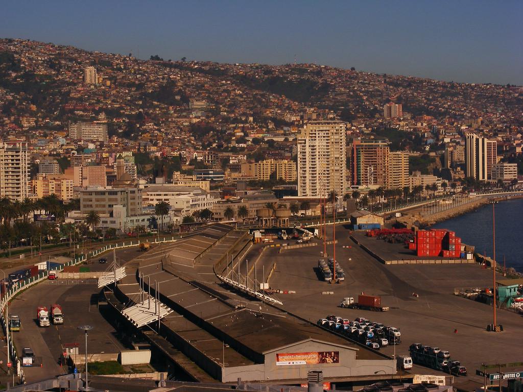 Sector Muelle Barón en Valparaíso. Image © Citadino [Flickr]