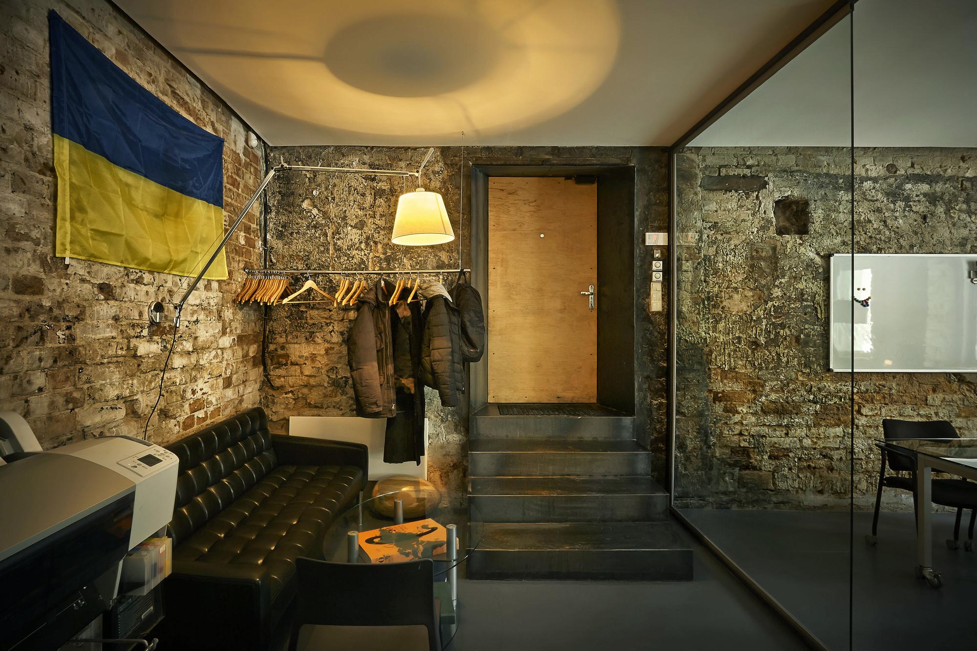 office zotov co architecture bureau zotov co archdaily. Black Bedroom Furniture Sets. Home Design Ideas