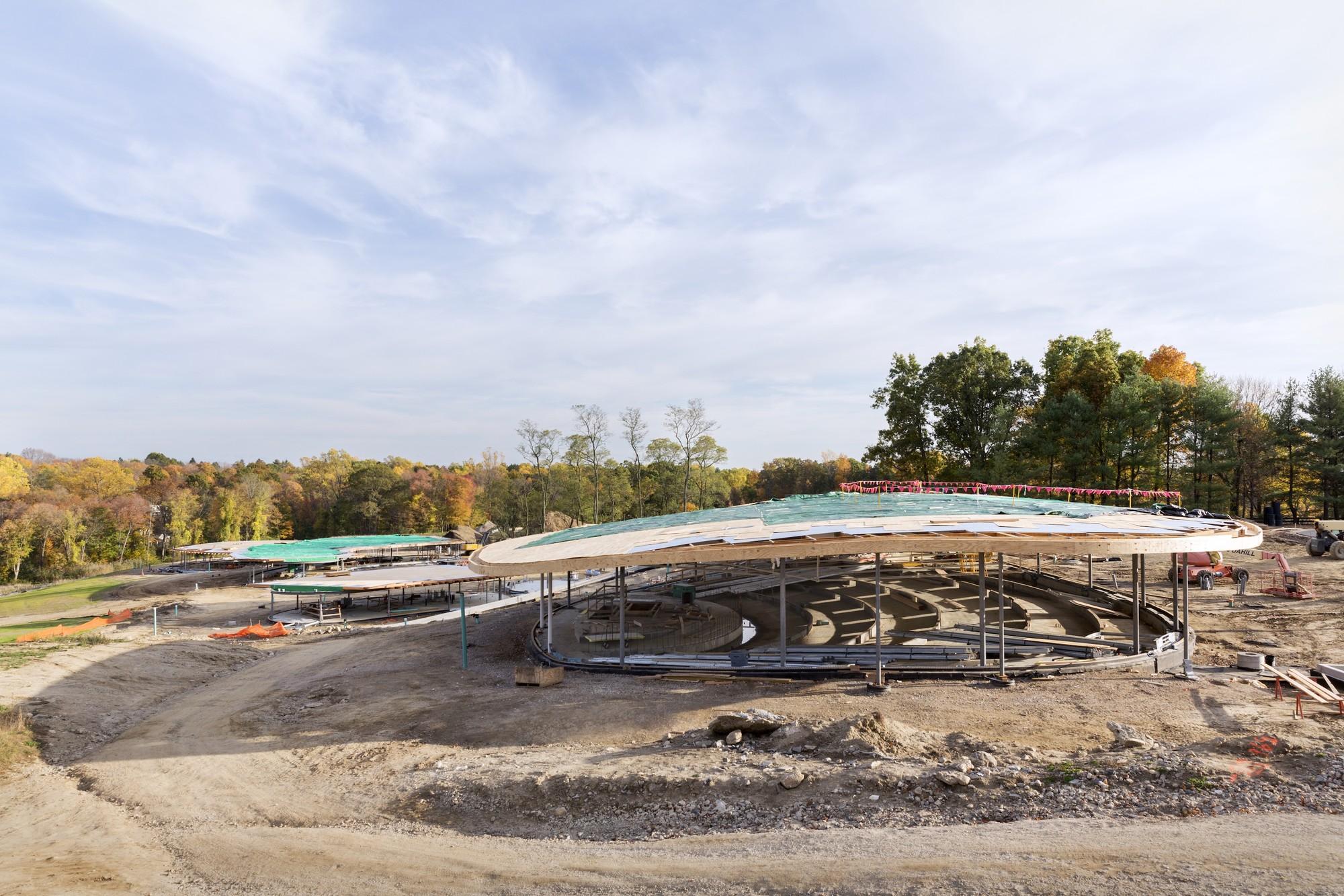 Grace Farms en construcción, octubre 2014. Imagen © Dean Kaufman