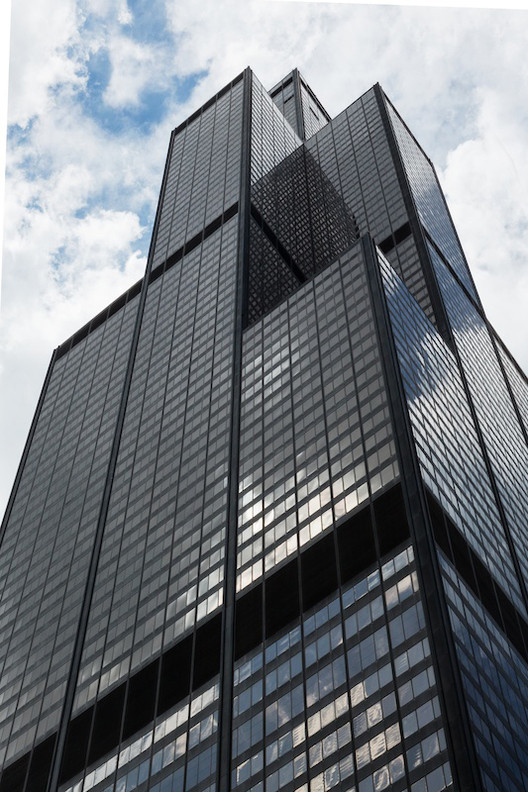 Last Is More: The Mies... Bruce Willis Tower