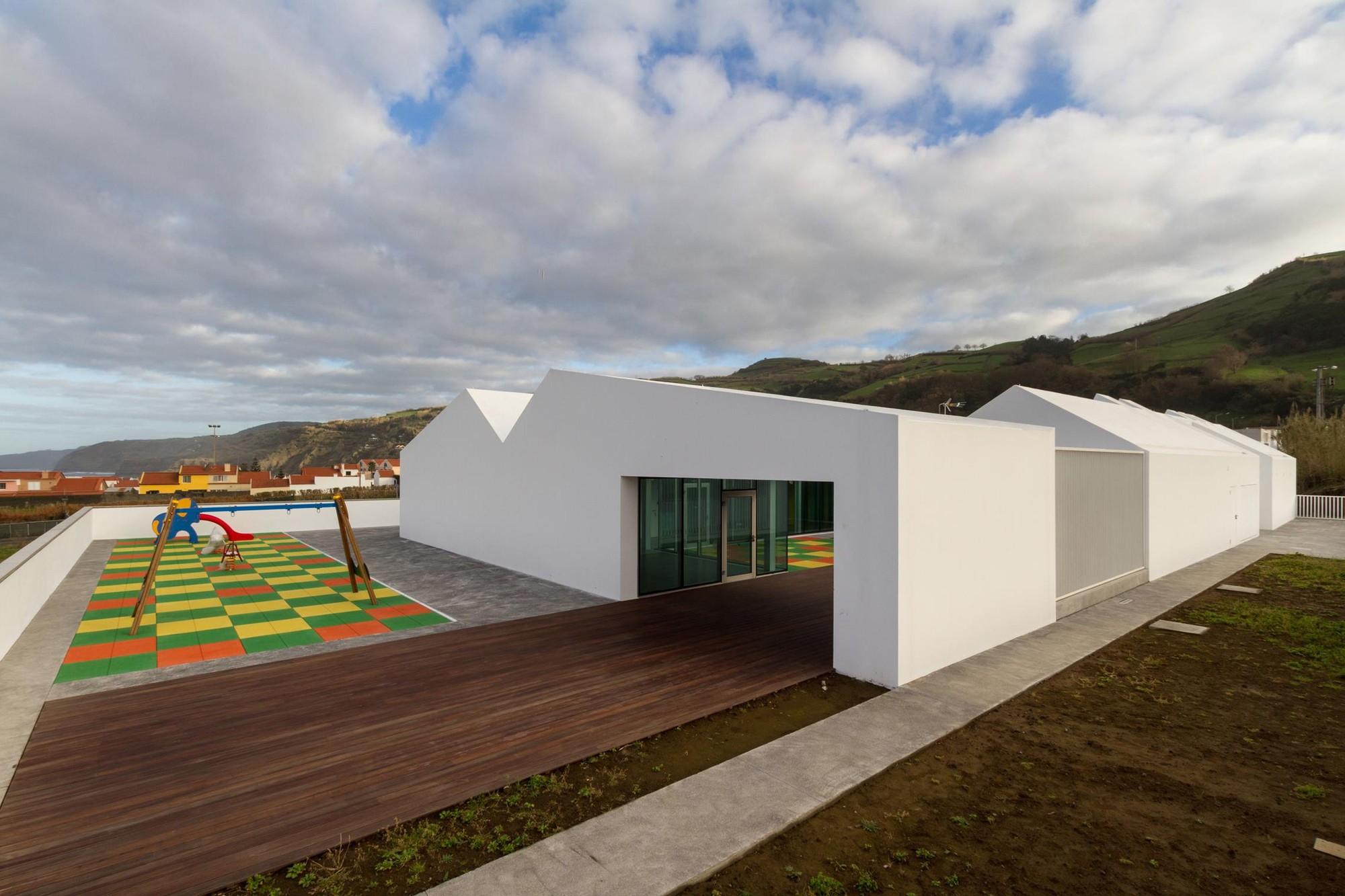 Guardería de la Casa del Pueblo de Maia / M-Arquitectos , © Paulo Goulart