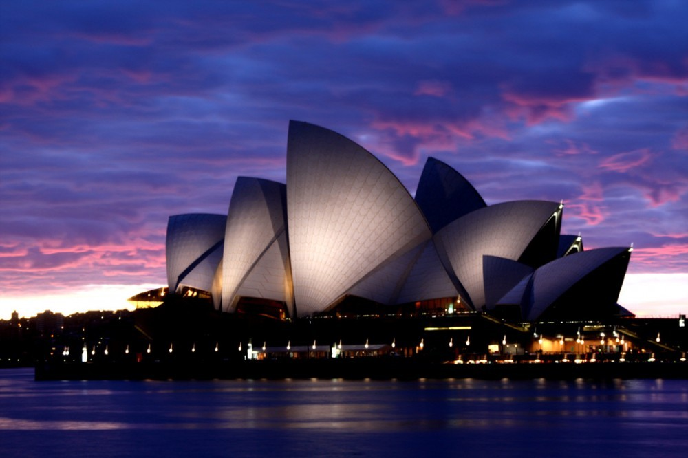 Jorn Utzon's Sydney Opera House. Image © © Flickr CC User Jong Soo (Peter) Lee