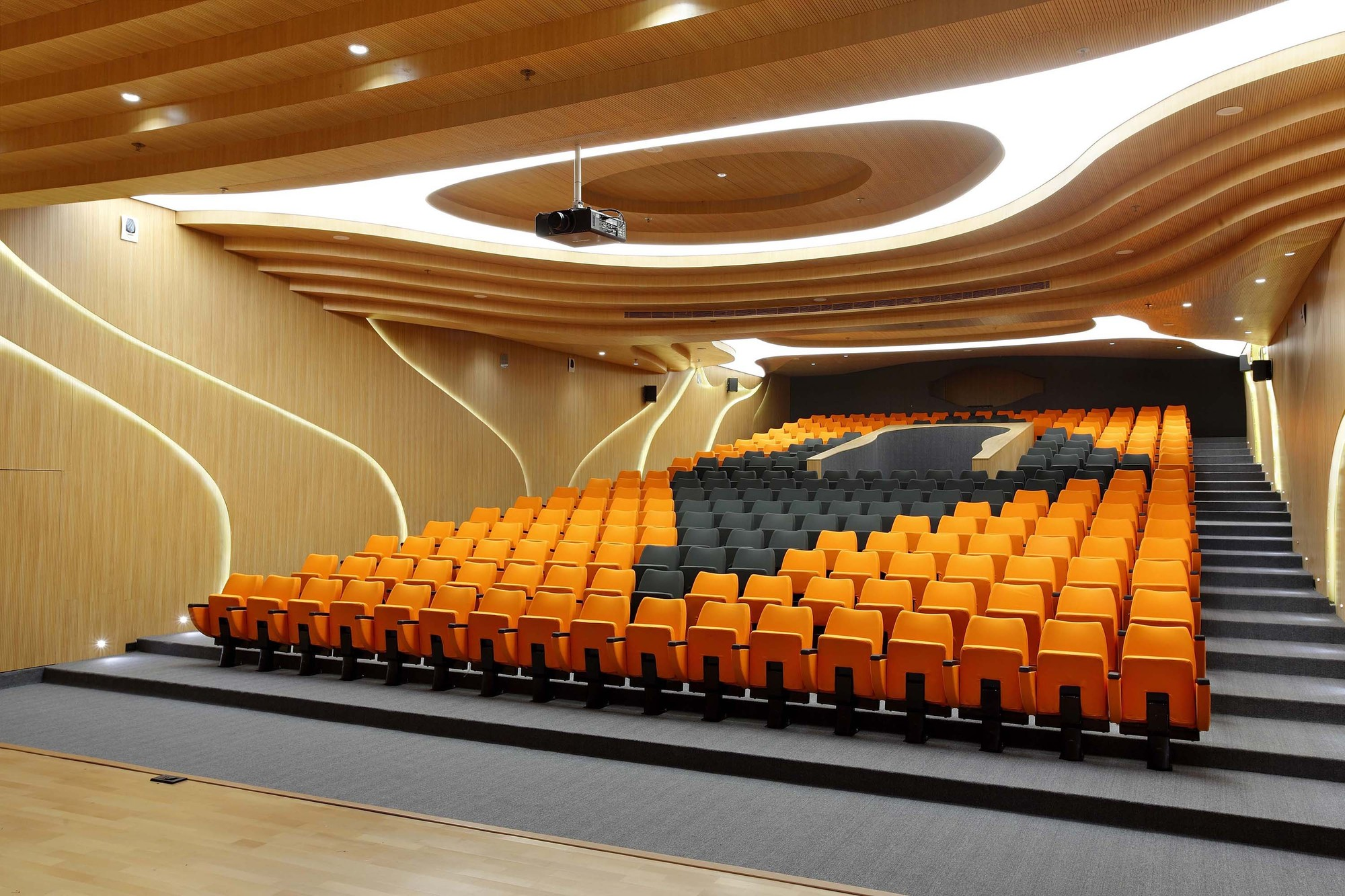 M Auditorium Planet 3 Studios Architecture Archdaily