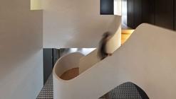 Rehabilitation of an Apartment / CorreiaRagazzi arquitectos