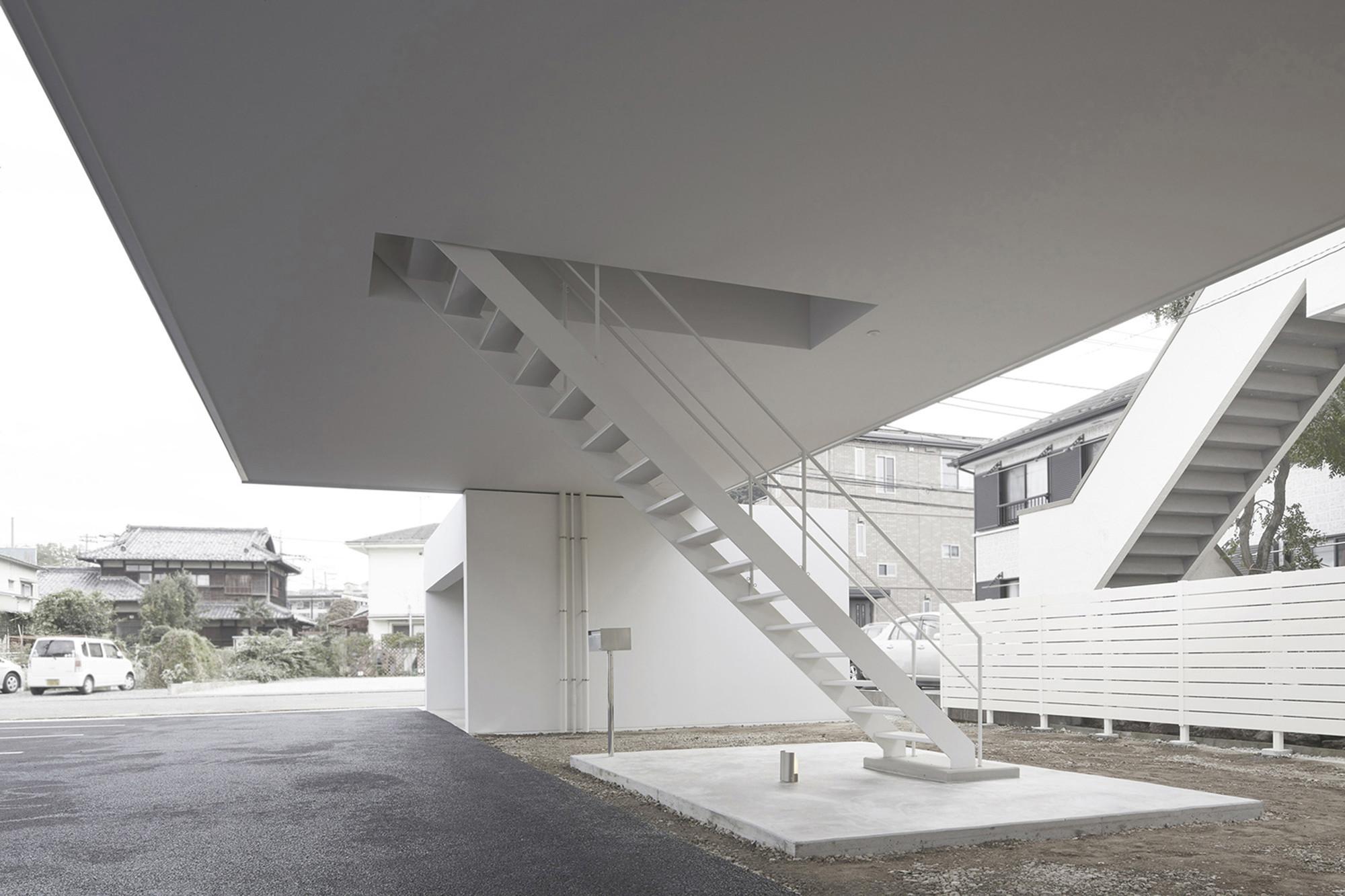 © Taishi Hirokawa