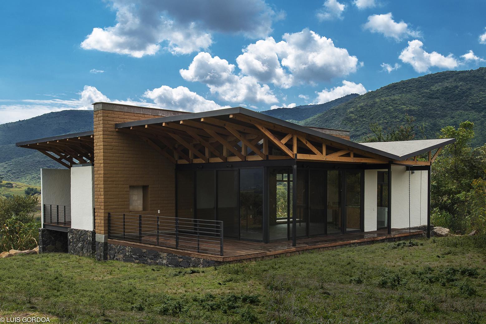 Galer a de casa malinalco arquitectura alternativa 5 for Casa de campo arquitectura