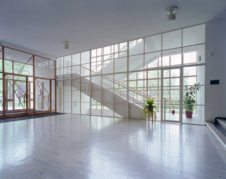 Main lobby. Image © The Finnish Committee for the Restoration of Viipuri Library and Petri Neuvonen