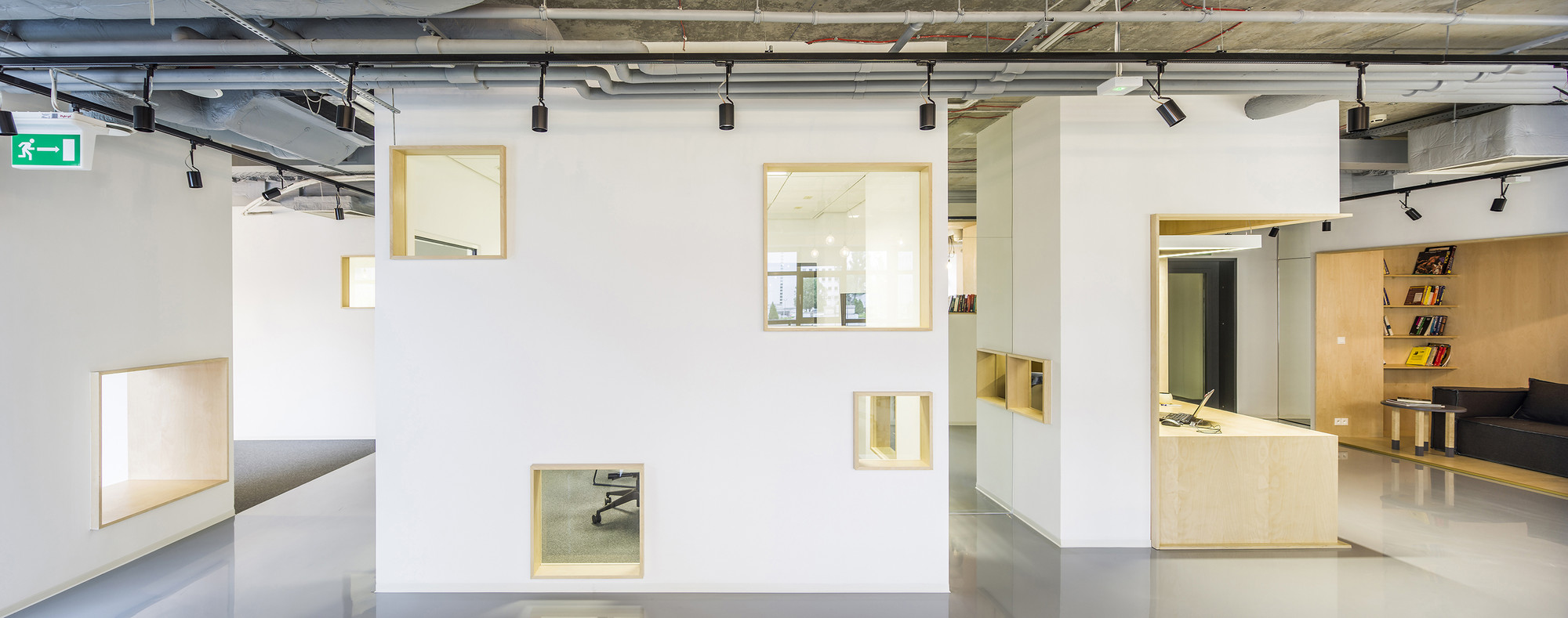 Gallery of DECERTO / MOKO Architects + MFRMGR - 12