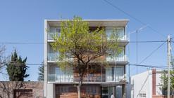 B928 Building / Claudio Walter Arquitectos Asociados