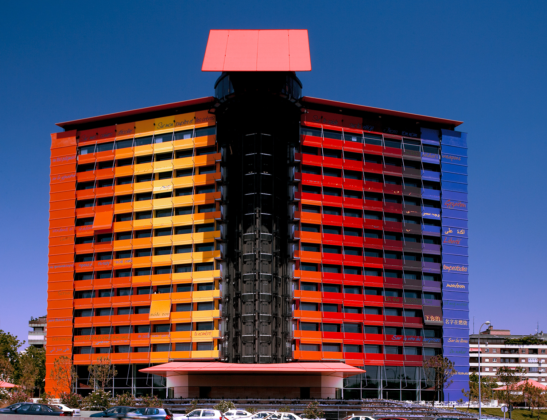 Hotel Silken Puerta de America Car Park / Madrid. Image © Rafael Vargas