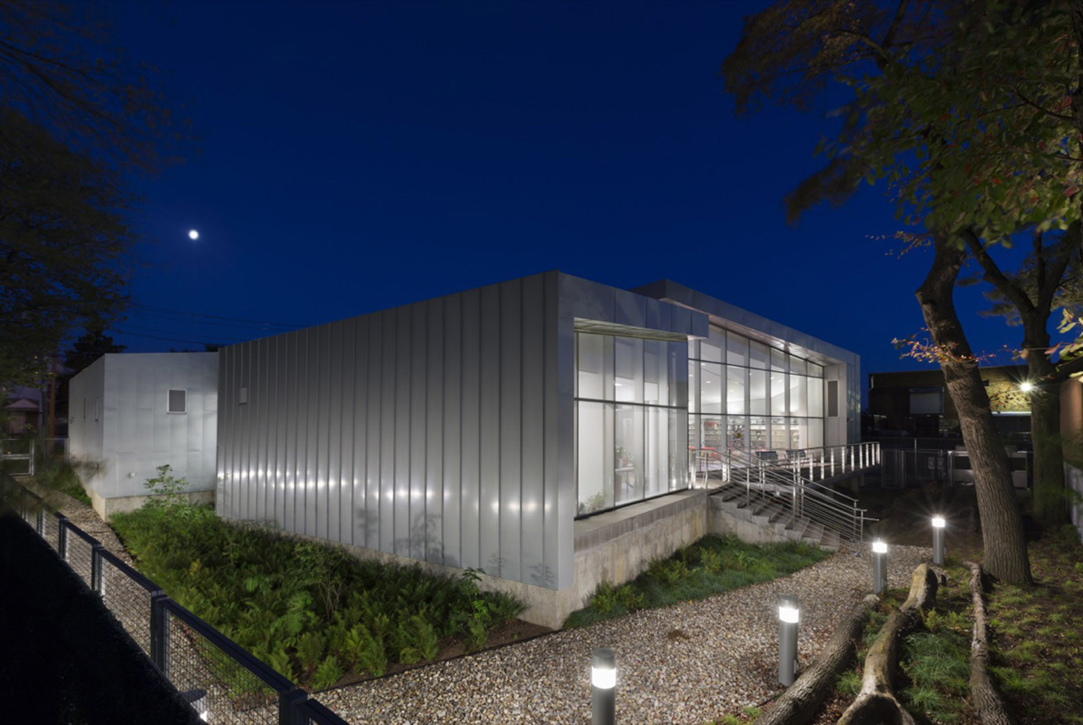 Gallery of Mariner Harbor Branch Library / A*PT ...