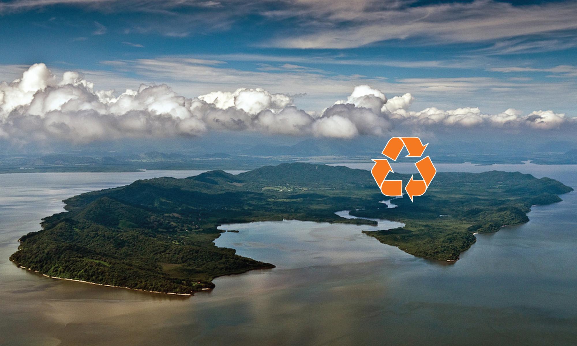 Isla de Chira está situado en el Golfo de Nicoya por la costa del Pacífico centroamericana.. Image Cortesia de A-01