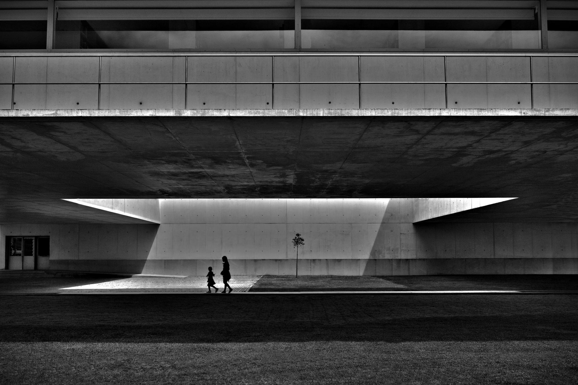 Library by Siza Vieira. Image © Pessoa Neto