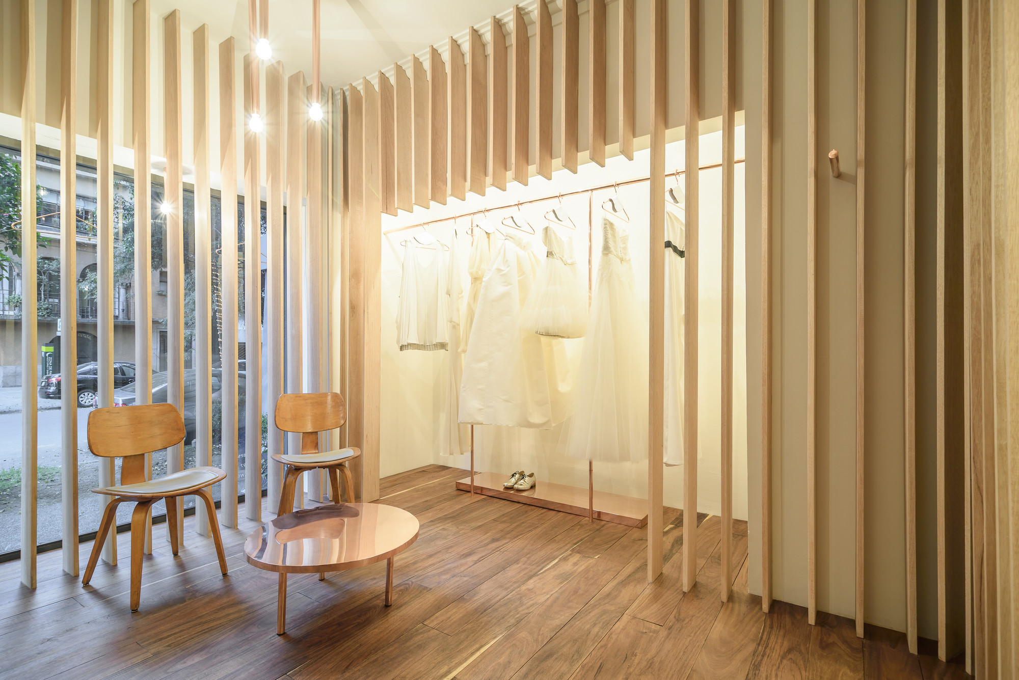 Boutique Sandra Weil / Zeller & Moye , © Moritz Bernoully
