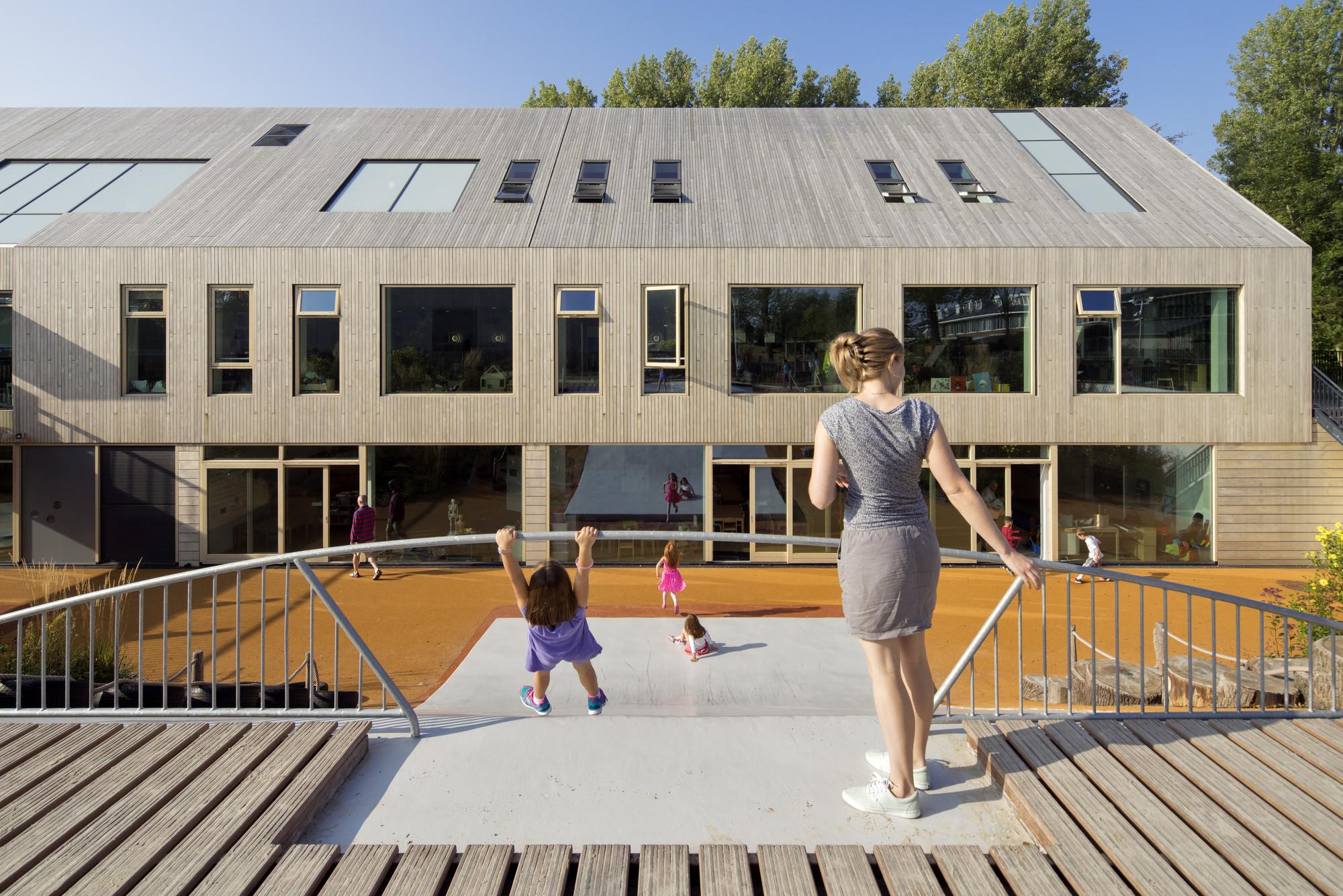 Expansion of the American School of the Hague / Kraaijvanger, © Ronald Tilleman