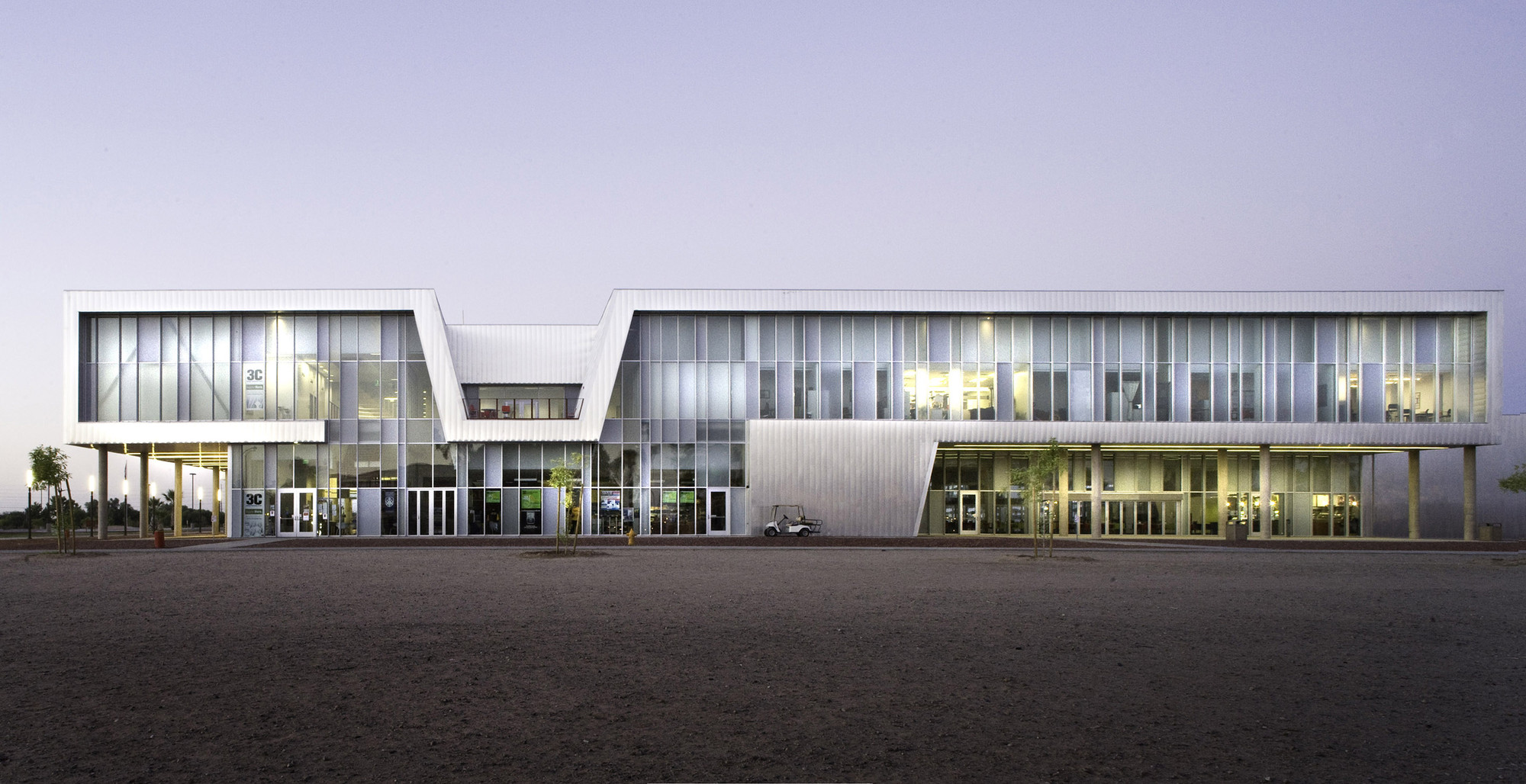 Arizona western college community building and science for Architecture colleges