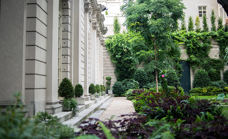 East 70th Street Garden at The Frick Collection designed by Russell Page. Image © 2014 Navid Baraty, courtesy The Cultural Landscape Foundation