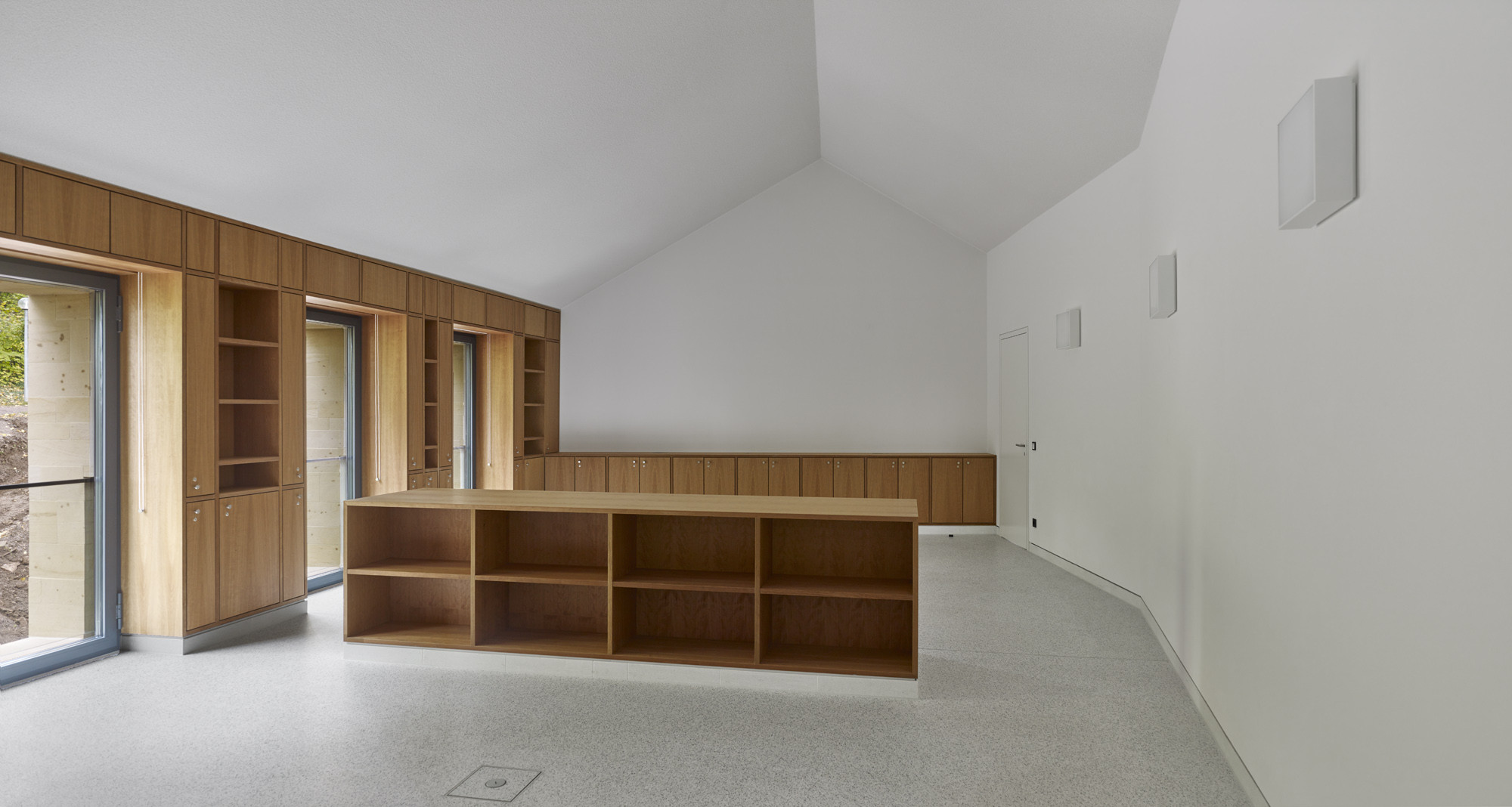 hambach castle entrance building / max dudler | archdaily