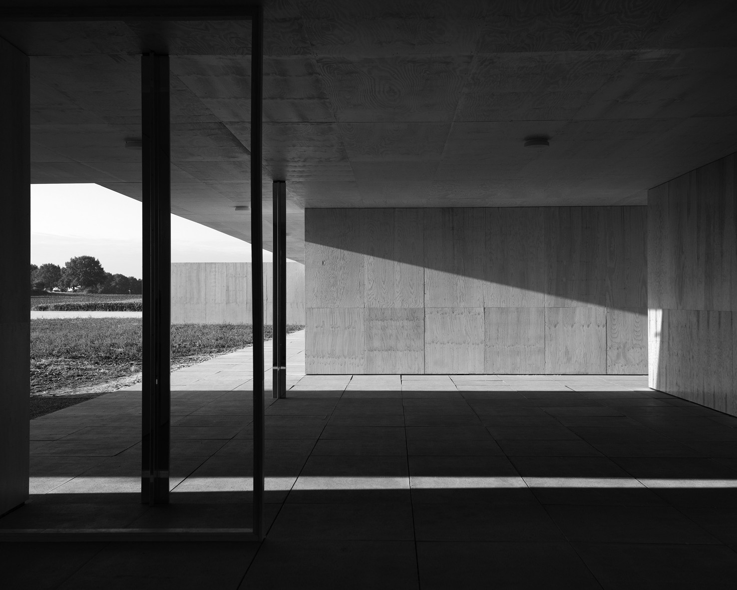Mies Model Study III (Black & White), 2013. Image © Joachim Brohm
