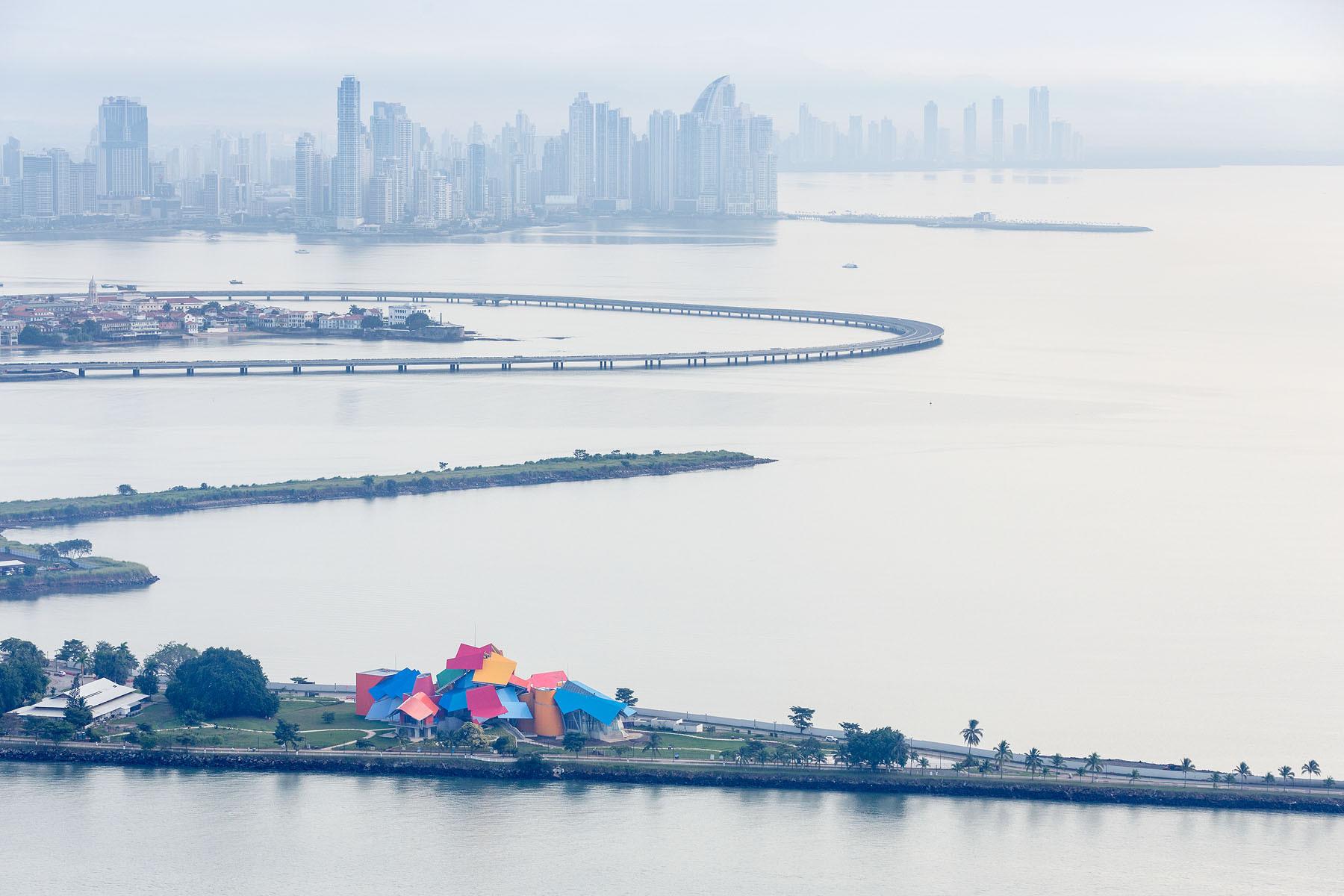 BioMuseo, Frank Gehry; Ciudad de Panamá. Imagen © Iwan Baan