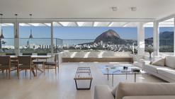 JMF Residence / Ivan Rezende Arquitetura