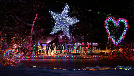 Christmas Wars: The Fight to Hold the World Record for the Most Christmas Lights  , The Gay's house in LaGrangeville, New York. Image Courtesy of Guinness World Records
