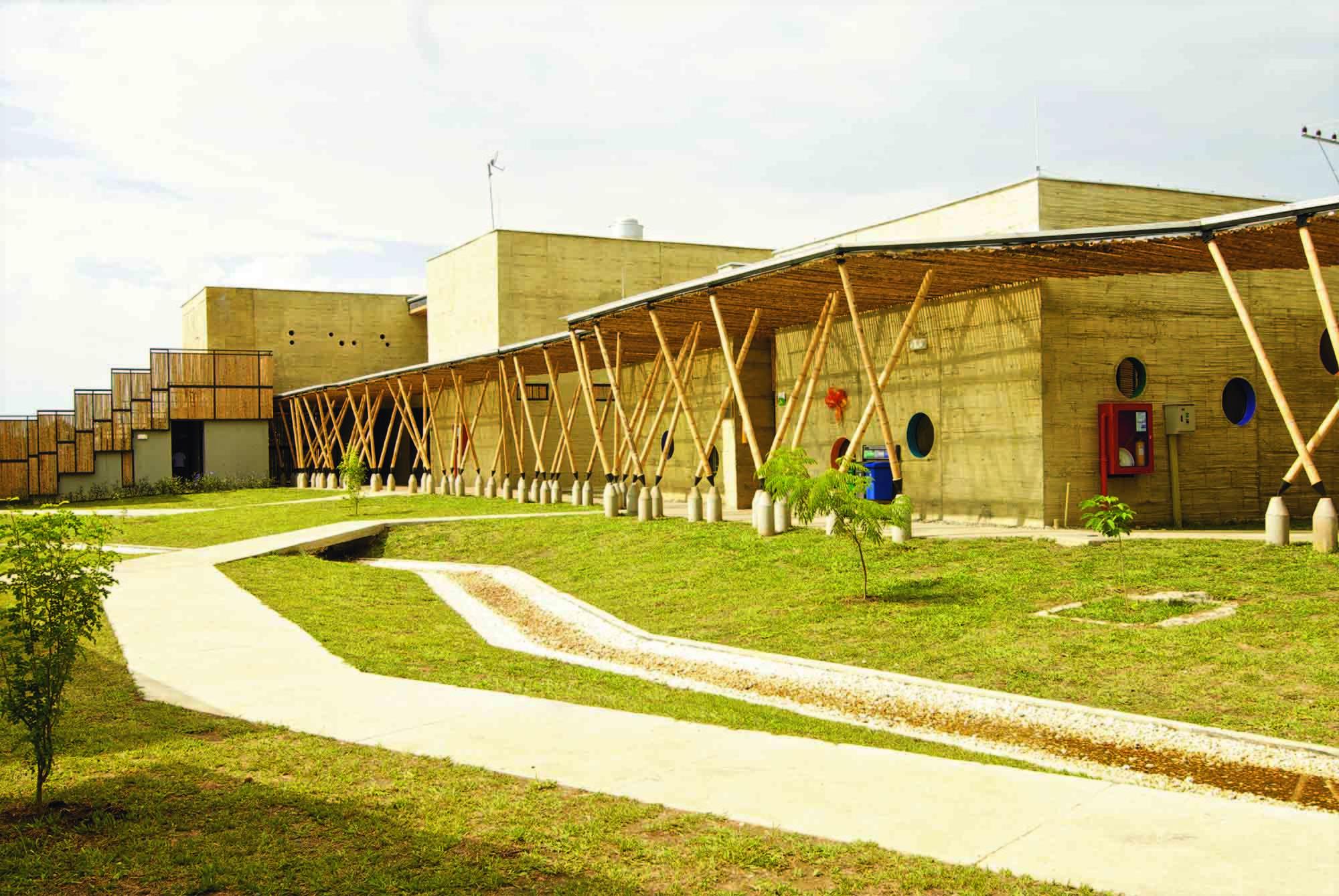 Centro de Desarrollo Infantil El Guadual. Image Cortesia de Iván Quiñones