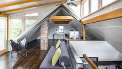 House Renovation in Boston / Intadesign