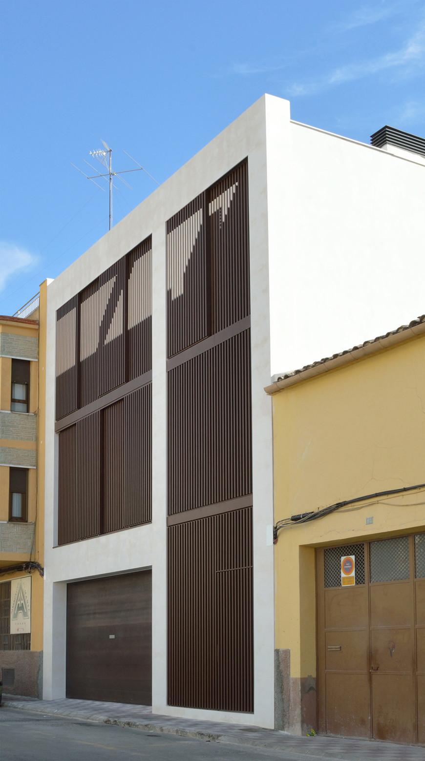 Vivienda unifamiliar en almansa mbvb arquitectos for Plataforma arquitectura