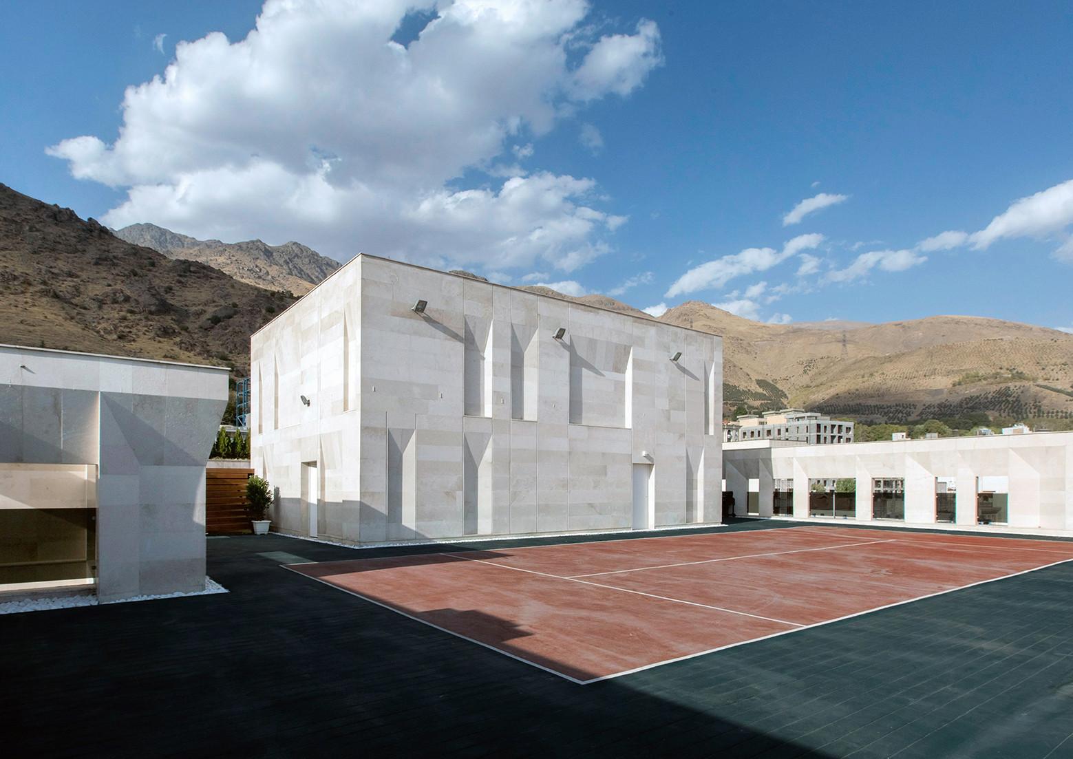 Gallery of sipan residential building ryra studio 2 for Residential house builders