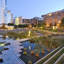 In Portland's Pearl District, Modern buildings and parks coexist happily with semi-traditional or historic variants. Image via landarchs.com