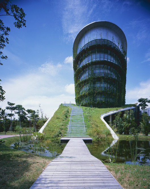 Fábrica en la tierra / Ryuichi Ashizawa Architect & Associates, © Kaori Ichikawa