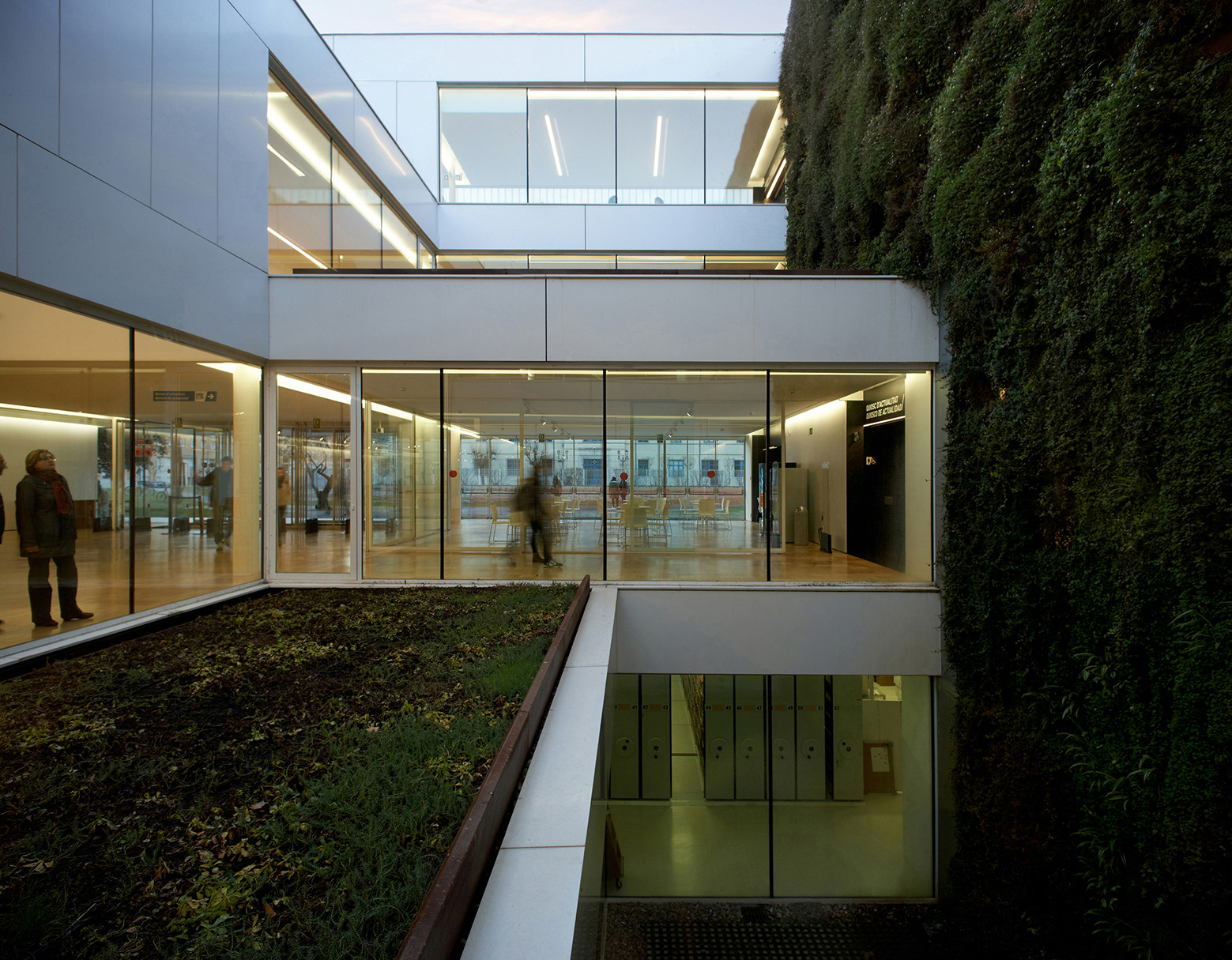 Biblioteca Pública en Girona / Corea & Moran Arquitectura, © Pepo Segura