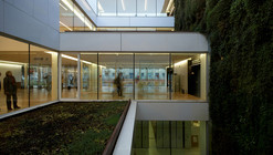Biblioteca Pública en Girona / Corea & Moran Arquitectura