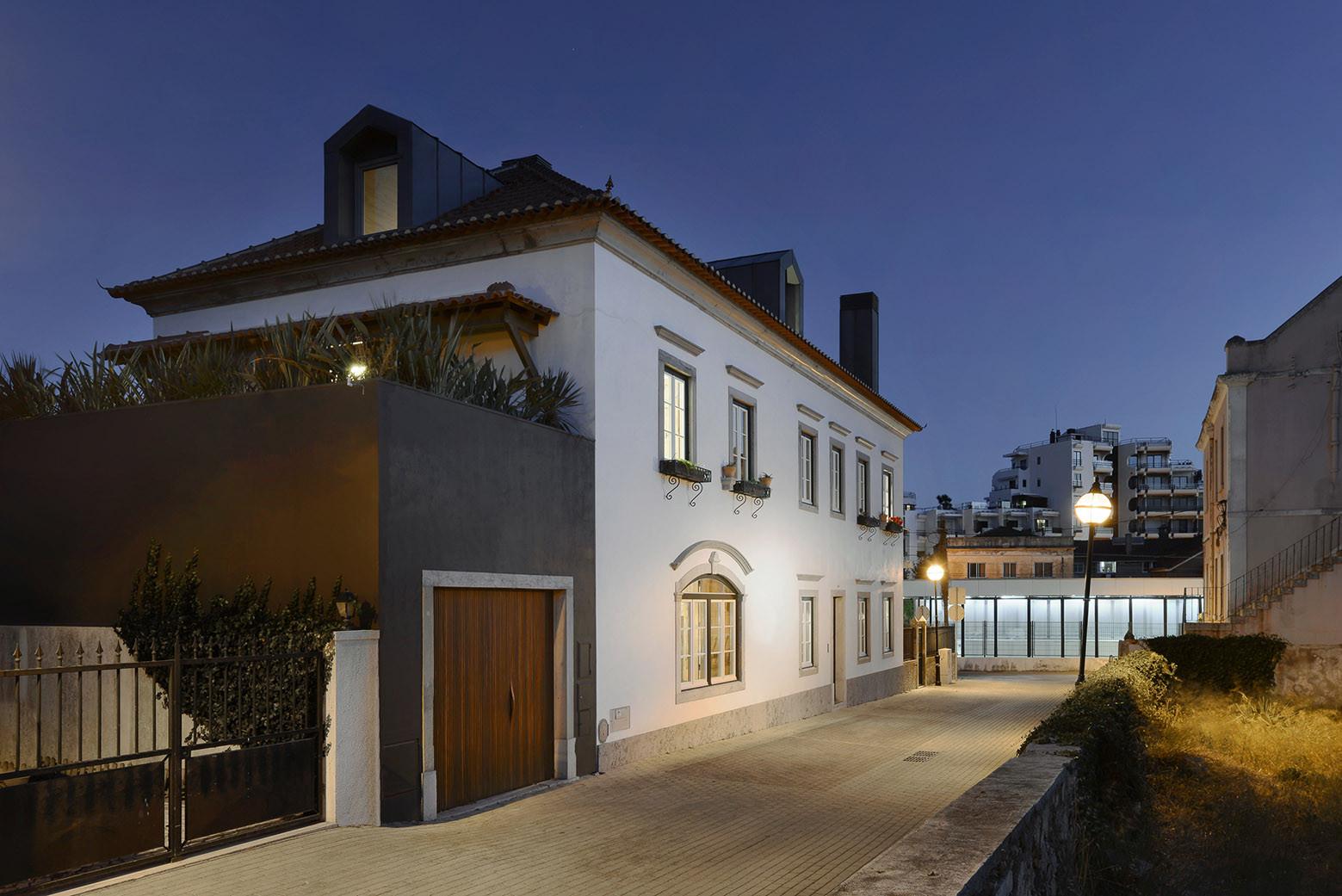 Gallery of House in Estoril / Ricardo Moreno Arquitectos - 10