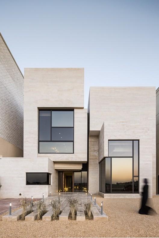 Casa Street / Massive Order, © Nelson Garrido