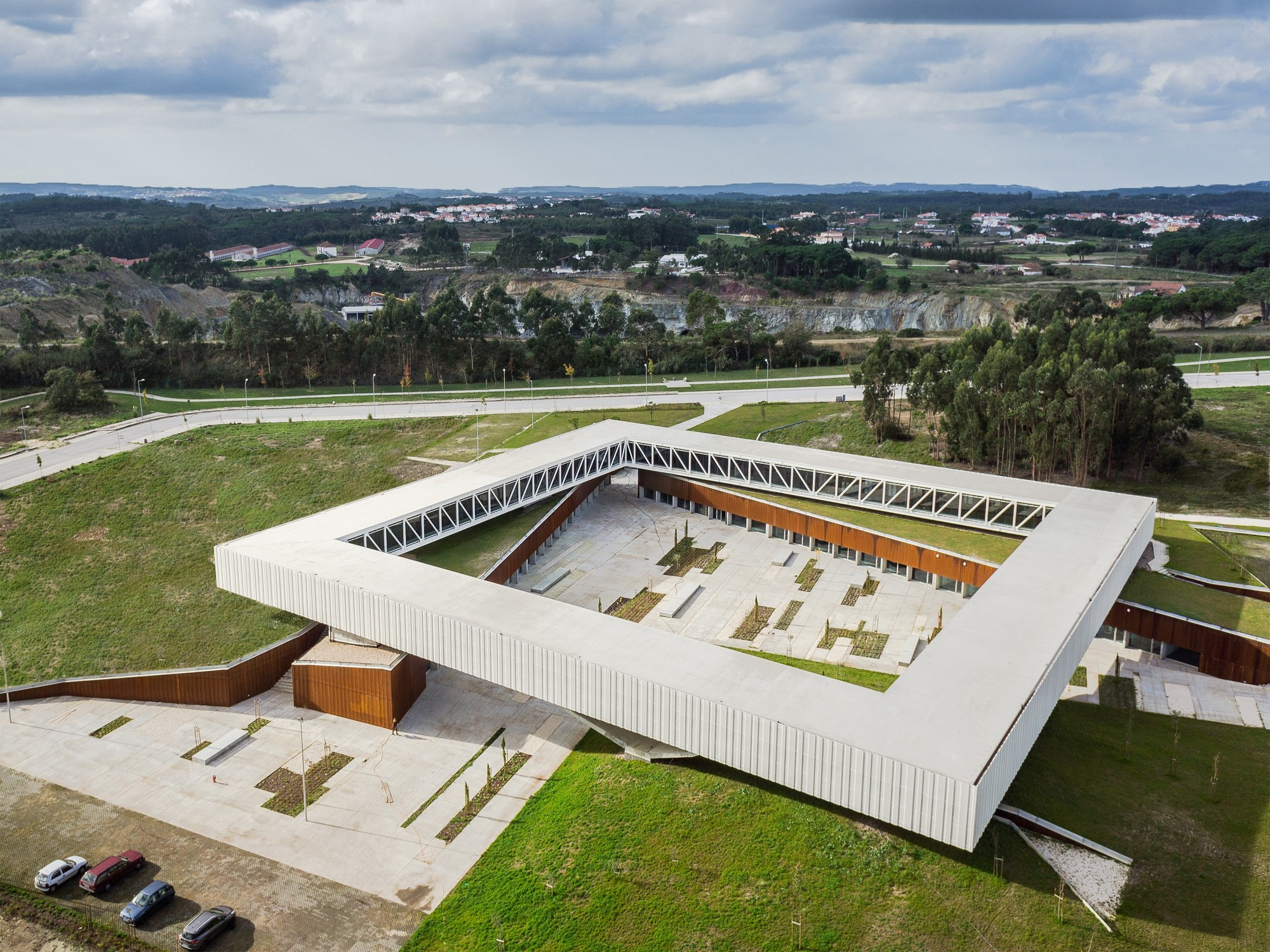 Technological park in obidos jorge mealha archdaily for Architecture 54