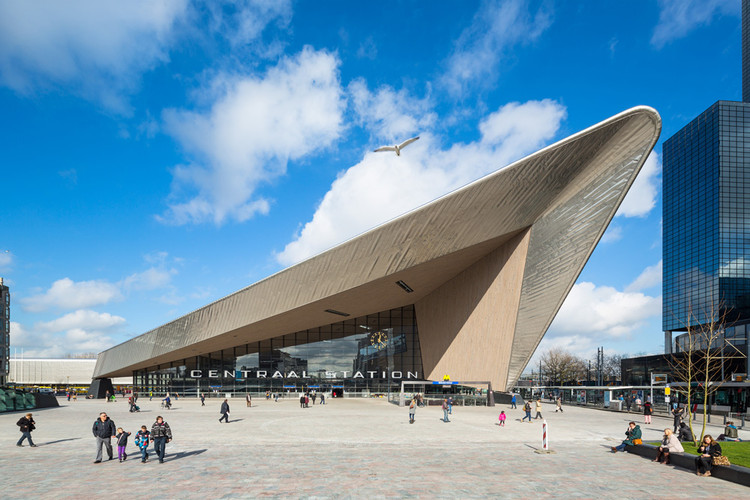 Estación central de Rotterdam / Benthem Crouwel Architects + MVSA Architects + West 8 , © Jannes Linders