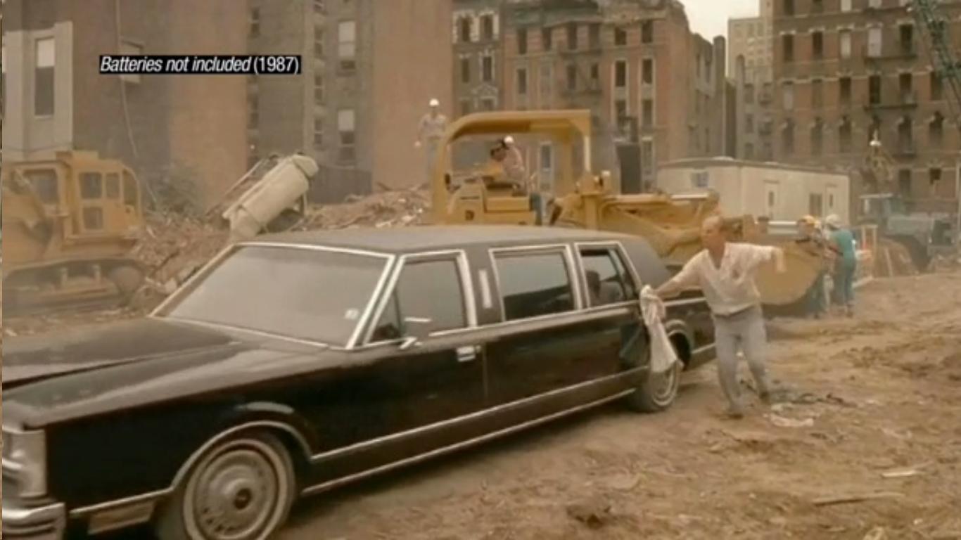 """""""Batteries not included"""" (1987). Image Cortesia de Cortometraje 'Ficción Inmobiliaria'"""