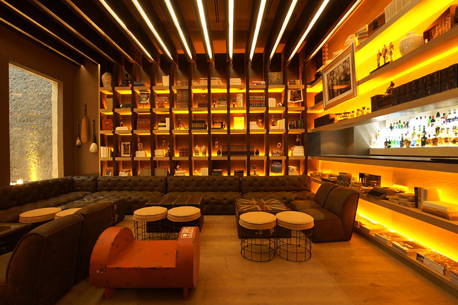 Restaurante Nueve Nueve Sordo Madaleno Arquitectos