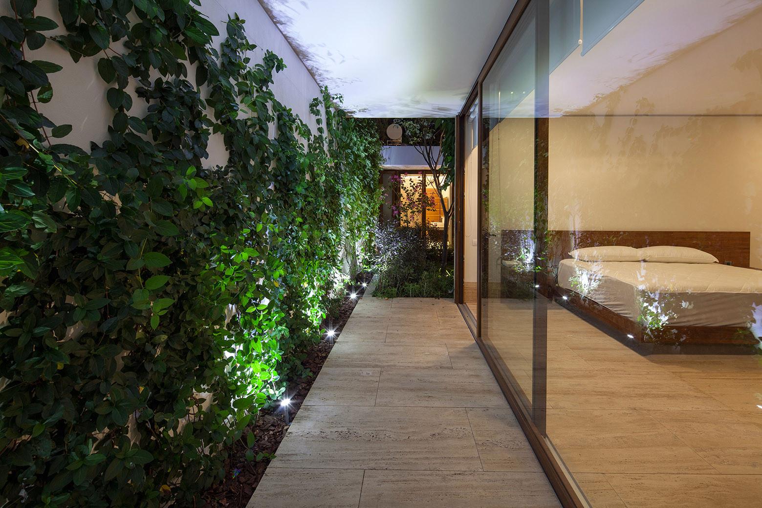 Gallery of 8 gardens house goko mx 4 - Casas con jardin interior ...