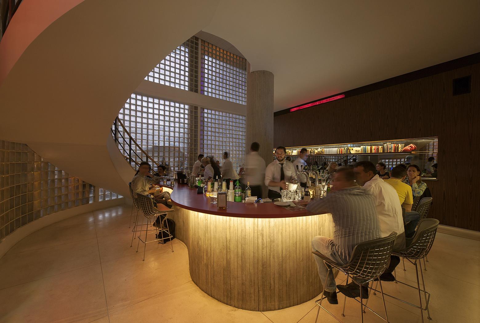 Riviera Bar / Studio MK27, © Rômulo Fialdini