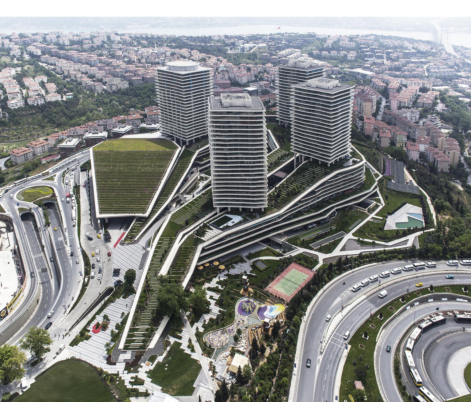 © Emre Arolat Architects