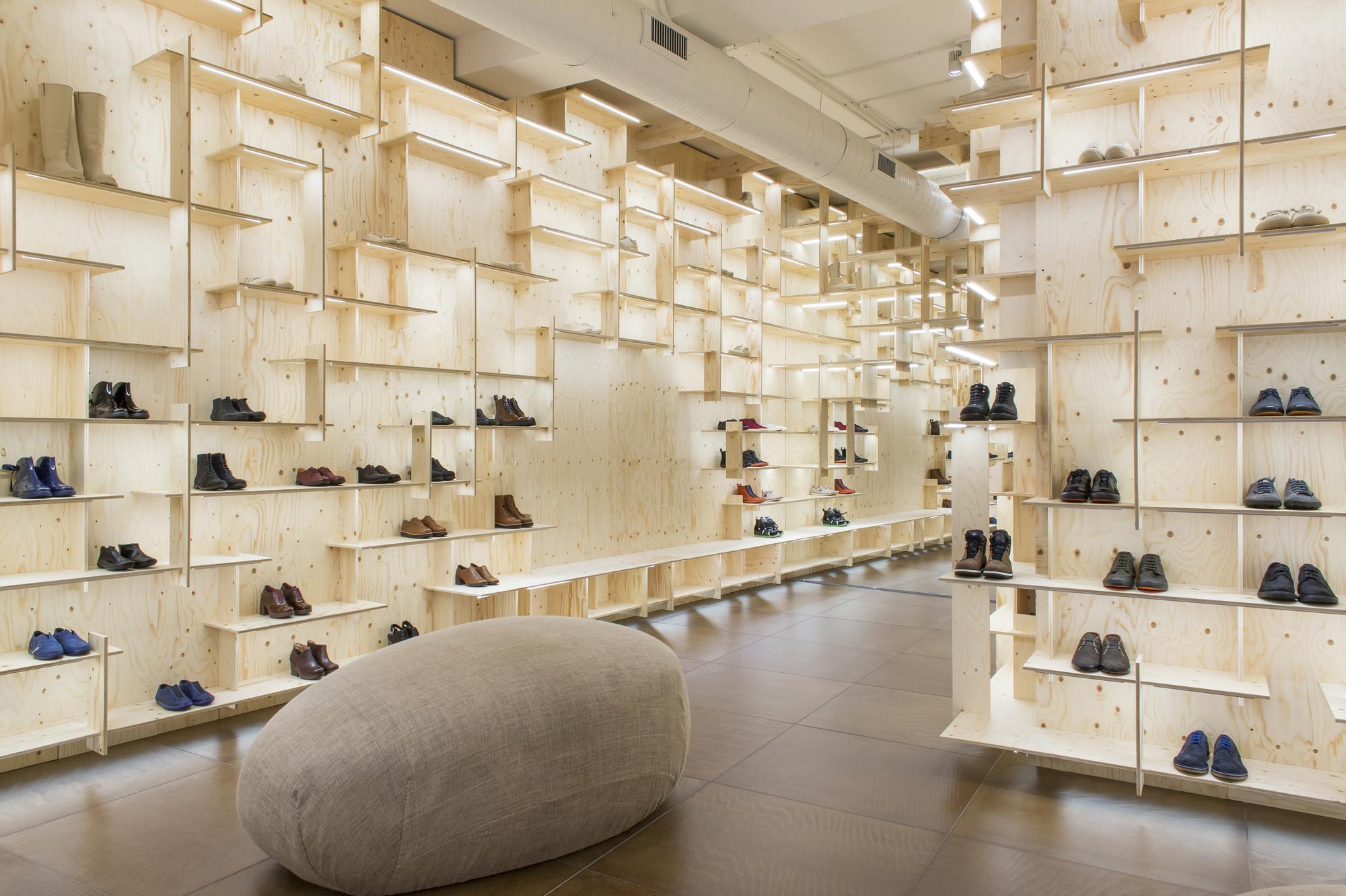 Gallery of camper store milano kengo kuma associates 7 for Milano design shop