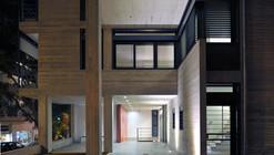 Apartment Building in Deinokratous Street, Athens / Giorgos Aggelis