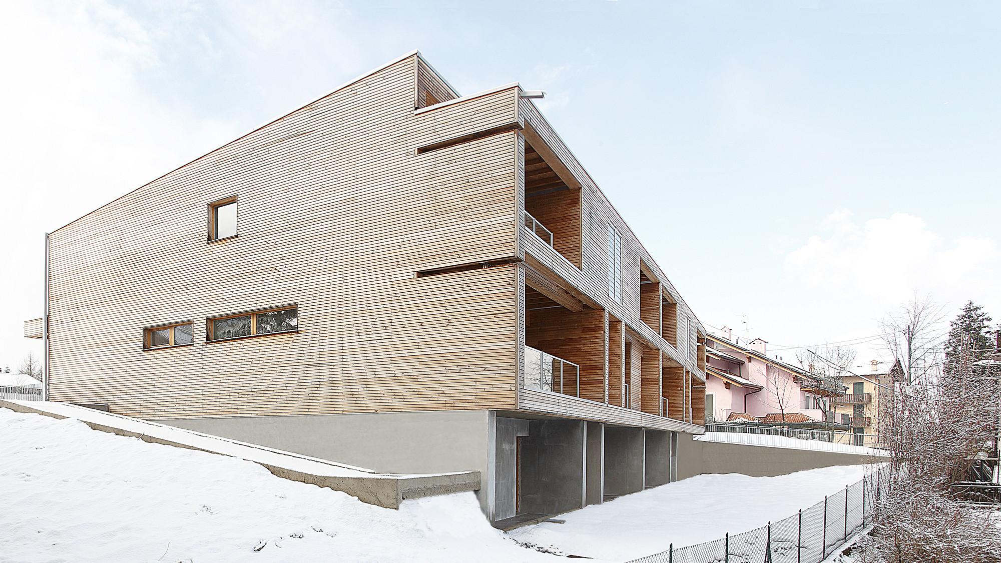 Edificio Residencial de Madera en Selvino / Camillo Botticini, © Luca Santiago Mora