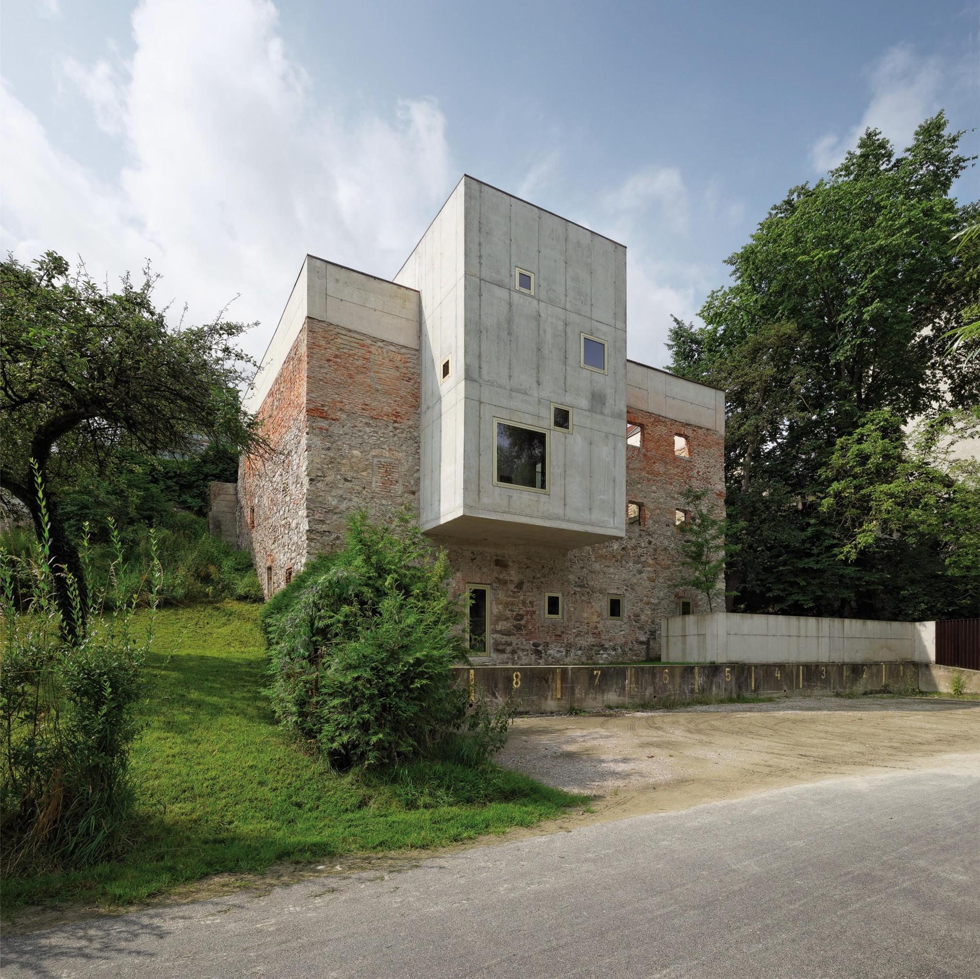 Garden House Refugium Laboratorium Klausur / Hertl Architekten, © Walter Ebenhofer