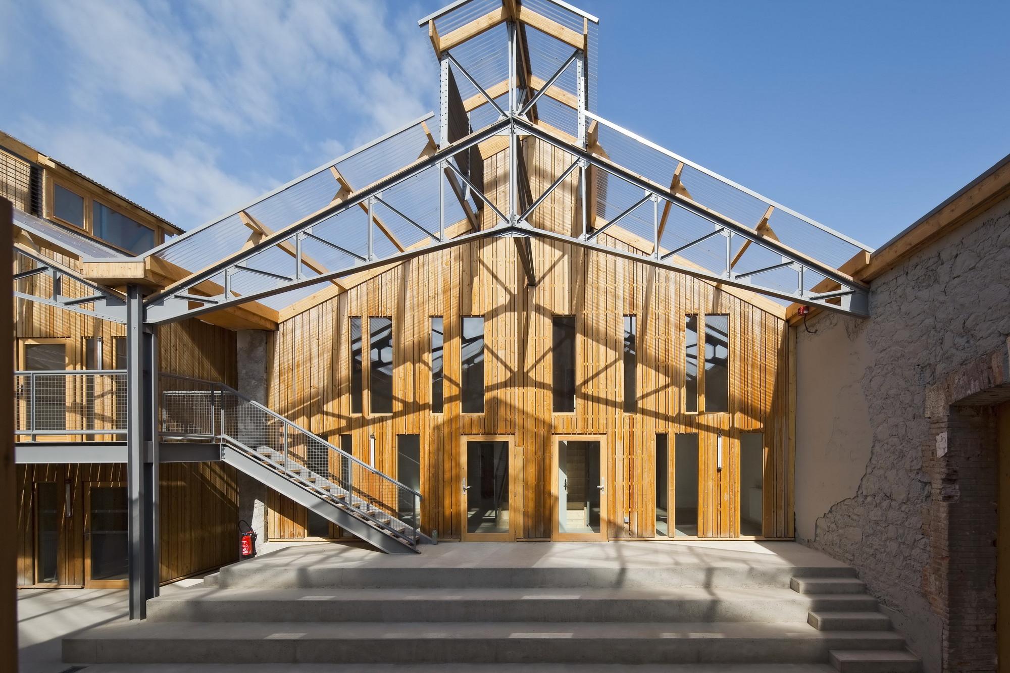 Conservatorio de artes circenses / ADH Architects, © Hervé Abbadie