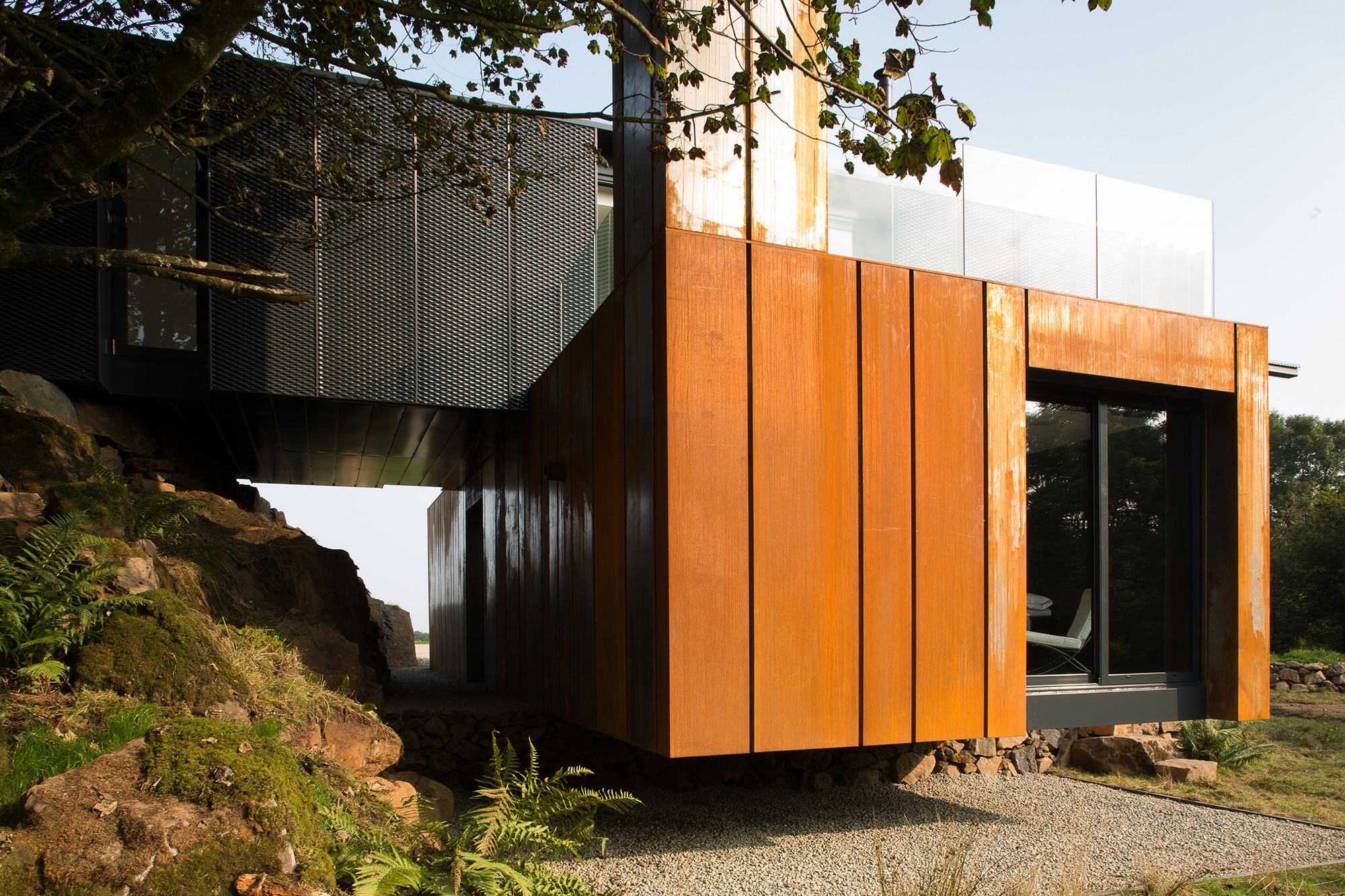 Gallery of grillagh water house patrick bradley architects 14 - Grand designs shipping container home ...