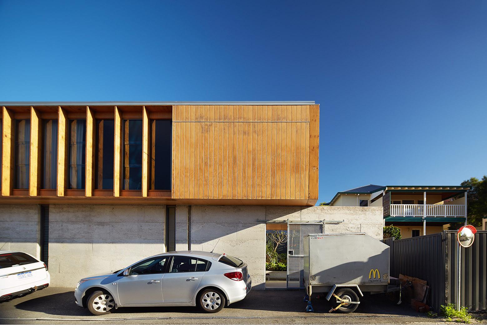 Design house car - North Perth House Jonathan Lake Architects Robert Frith